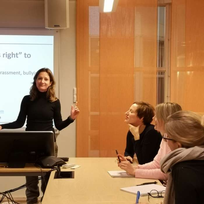 Dr. Yael Ram lectures at Mid-Sweden University